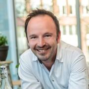 Philipp-Pägler-Moderator-Moderation-Hamburg-p-moderation-Thomas-Sampl-Vlet